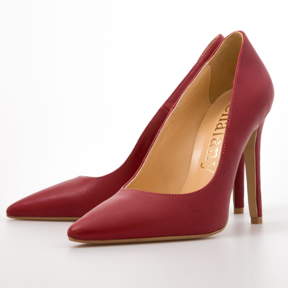 7acbf62728014 Cherry Red Pumps